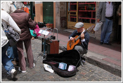 Guitar player, Sunday market, Calle Defensa, San Telmo.