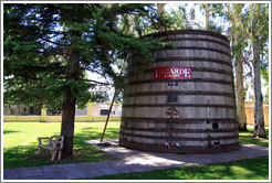 Large barrel, Lagarde, Luj�n de Cujo.