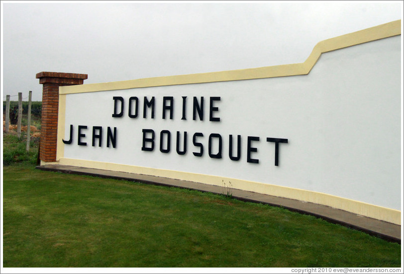 Entrance, Domaine Jean Bousquet, Valle de Uco.