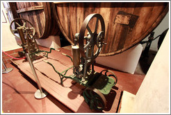 Decanting pump. Museum of Bodega La Banda.