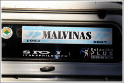 "Sticker on a private vehicle referring to the Islas Malvinas (Shetland Islands).  It says, ""A 25 a�os el mismo sentimiento: Fueron, son y ser�n Argentinas!!!"" Translation: ""For 25 years the same sentiment: They were, are and will be Argentina!"""