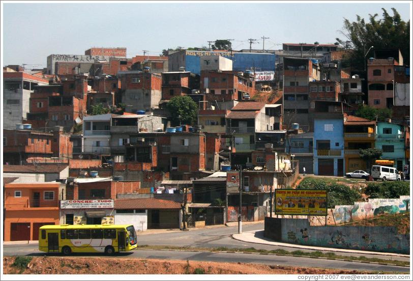 http://www.eveandersson.com/photos/brazil/sao-paulo-favela-17-large.jpg