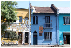 Yellow house (with mosiac), blue house and aquamarine house, Pur�sima, Bellavista.
