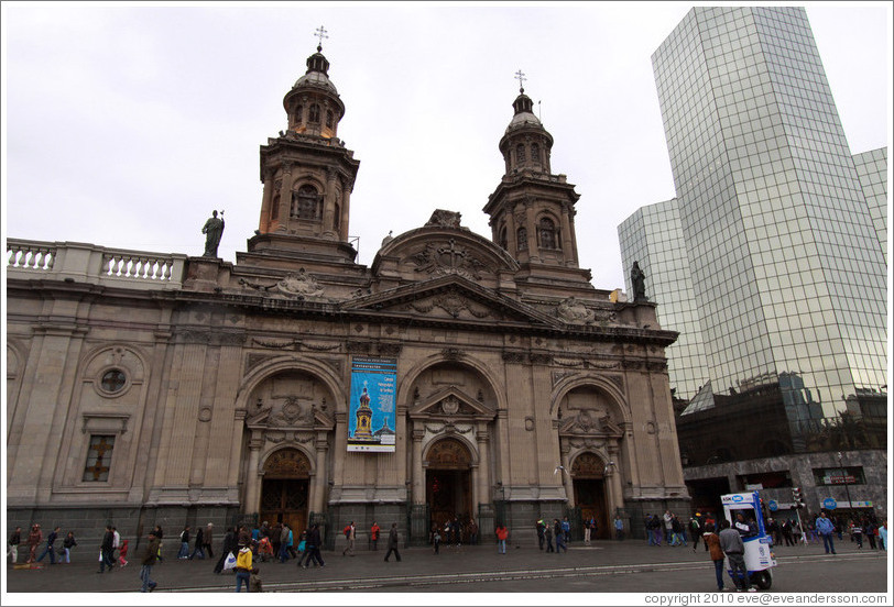 The Cathedral Metropolitana and a modern building, Plaza de Armas.