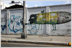 "Grafitti of a fish/person/bee with the words ""el gran zoo"" (""the big zoo""), Avenida Salvador Allende (Carlos III)."
