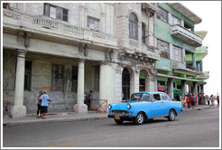 Blue car, Calle Padre Varela (Belonscoain).