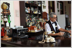 Bartender in the bar of the Hotel Nacional de Cuba.