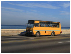 Bus on the Malecón.