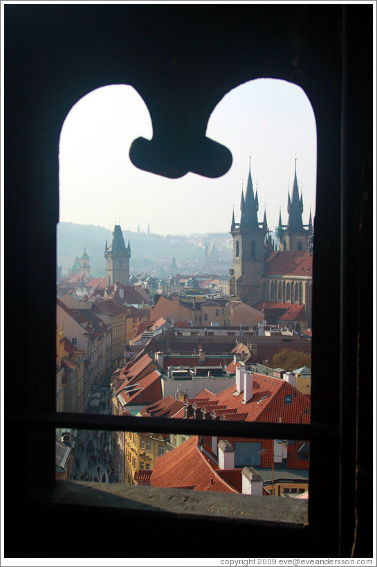 View to the west from the Powder Tower (Praレná Brána), including Church of Our Lady before Týn (Kostel Matky Bo゙í před Týnem).