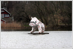 Floating dog (?) sculpture.  Stadsgraven (City Pond).