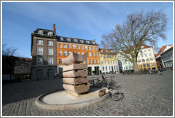Sculpture at Gr�br�dretorv.  City centre.