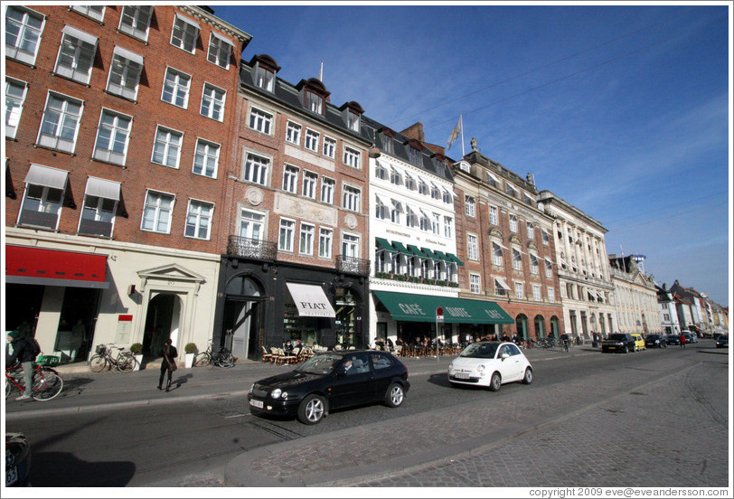 Cafes and restaurants.  Kongens Nytorv, city centre.