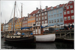 Houseboats.  Nyhavn (New Harbor).