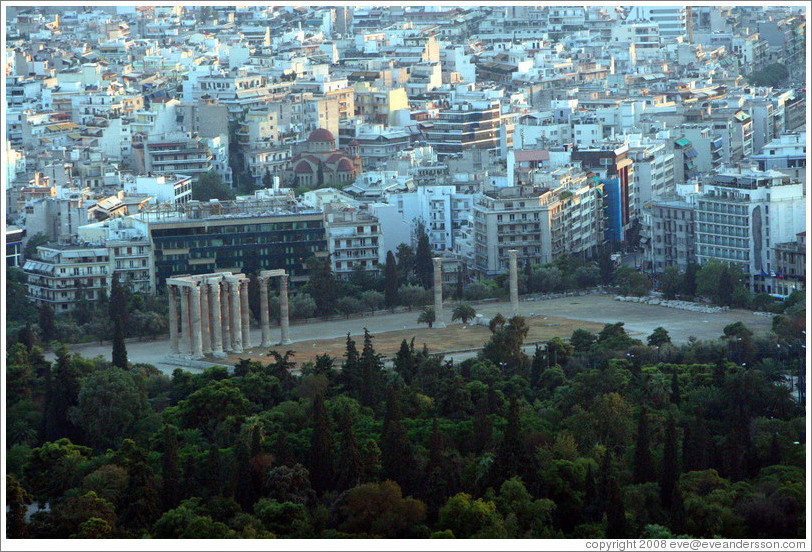 Temple of Olympian Zeus (Ολυμπίου Διός), viewed from Mount Lycabettus (Λυκαβηττός).