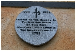 Commemoration of the Insurrection of 1798 (on the side of a non-descript building).