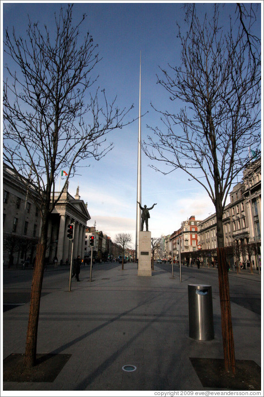 The Spire, behind statue of James Larkin.  O'Connell St.
