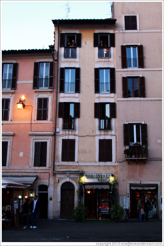 Buildings, Campo de' Fiori.