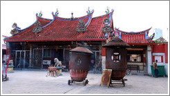 Kuan Yin Teng (Temple of the Goddess of Mercy).