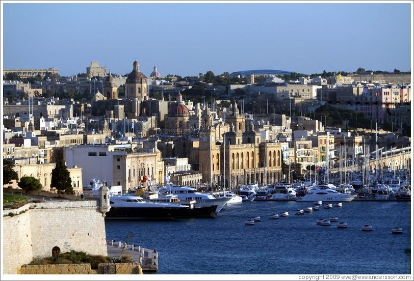 L-Isla (Senglea), on the Grand Harbour, viewed from the British Hotel in Valletta.