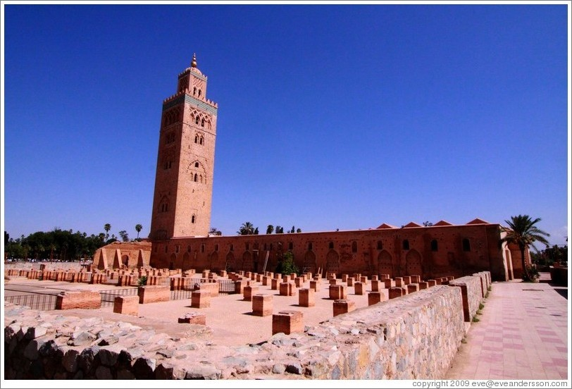 koutoubia mosque the largest mosque in marrakech photo. Black Bedroom Furniture Sets. Home Design Ideas