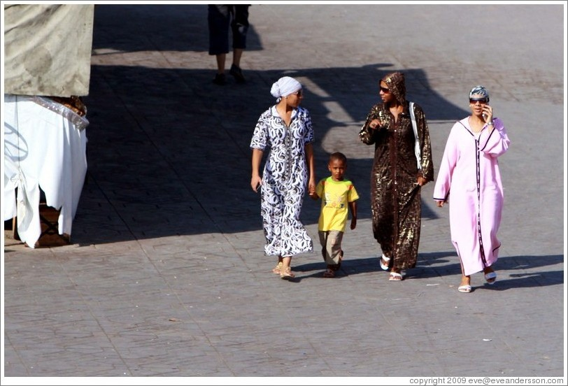 Three women and a child, Jemaa el Fna.
