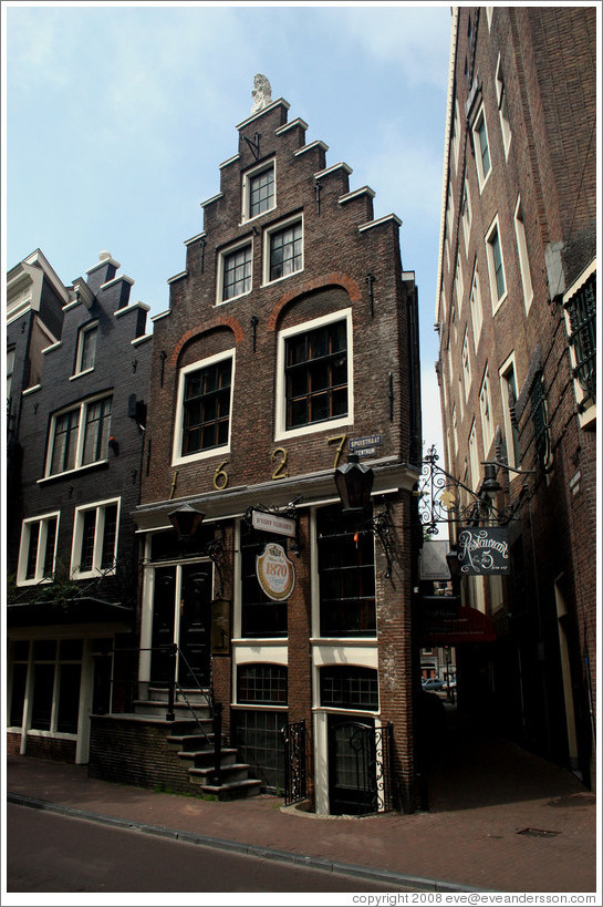 House built in 1627 on Spuistraat, Centrum district.