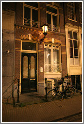 Building on Leidsestraat at night, Centrum district.