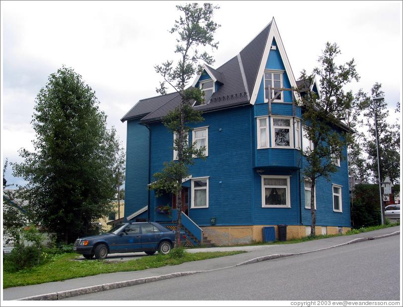 Blue House Photo ID 10395 Tromsosl