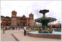 Fountain and Cathedral, Plaza de Armas.