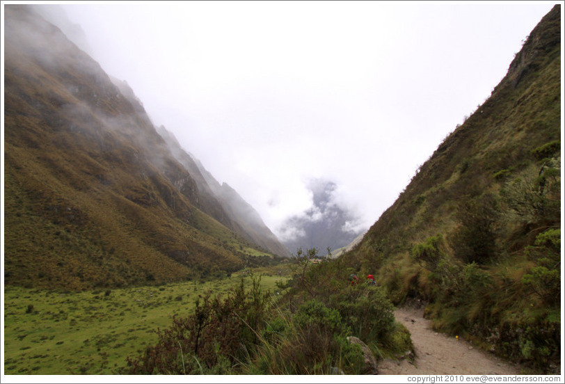 Cloud-filled valley seen from the Inca Trail.