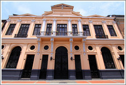 Peach-colored building, Historic Center of Lima.