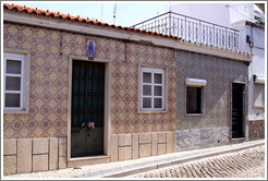 Tiled walls, Rua da Miseric?a.