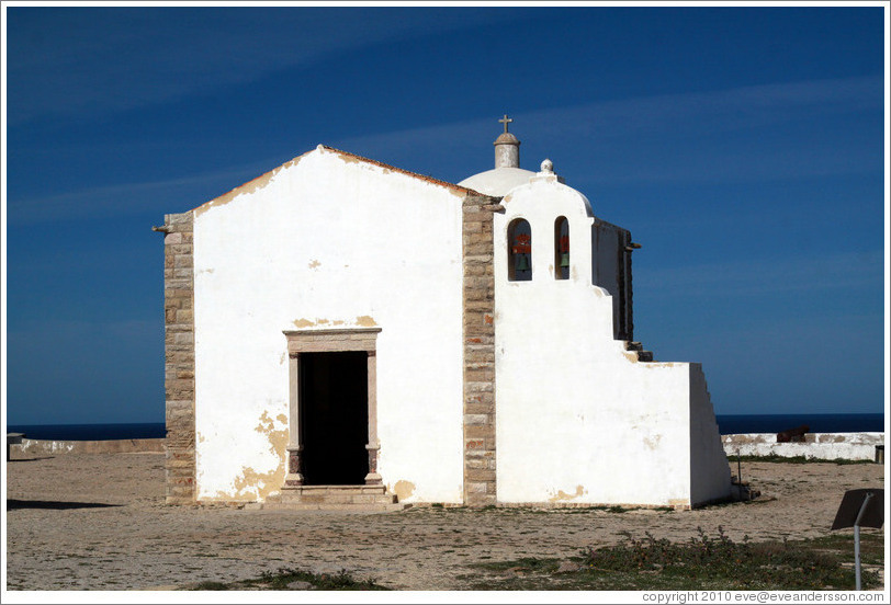 Nossa Senhora da Gra?(Our Lady of Grace) church, within the Fortaleza de Sagres (Sagres Fortress).
