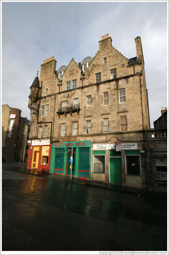 Buildings at Holyrood Road and St. Mary's Street.  Old Town.