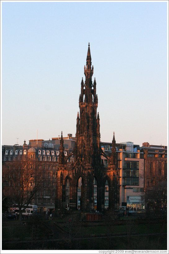 Scott Monument at dusk.