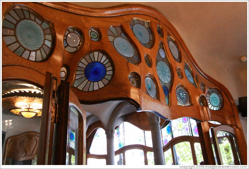 Door frame with stained glass insets.  Casa Batll