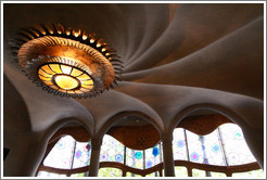 Light and ceiling.  Casa Batll