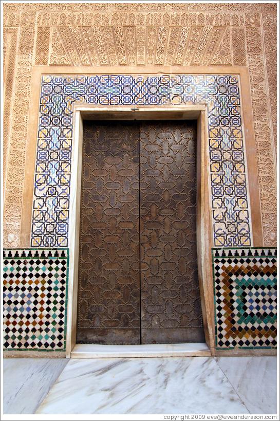 Door. Nasrid Palace, Alhambra. (Photo ID 14563-granada)