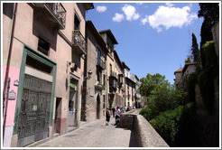 Carrera del Darro.  City center, bordering on Albaic?