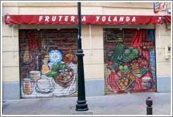 Fruter?Yolanda, Placeta de Villamena, city center.