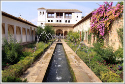 Patio de la Acequia (Court of the Water Channel), Palacio de Generalife.