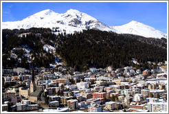 The town of Davos seen from the Jakobshornbahn gondola.
