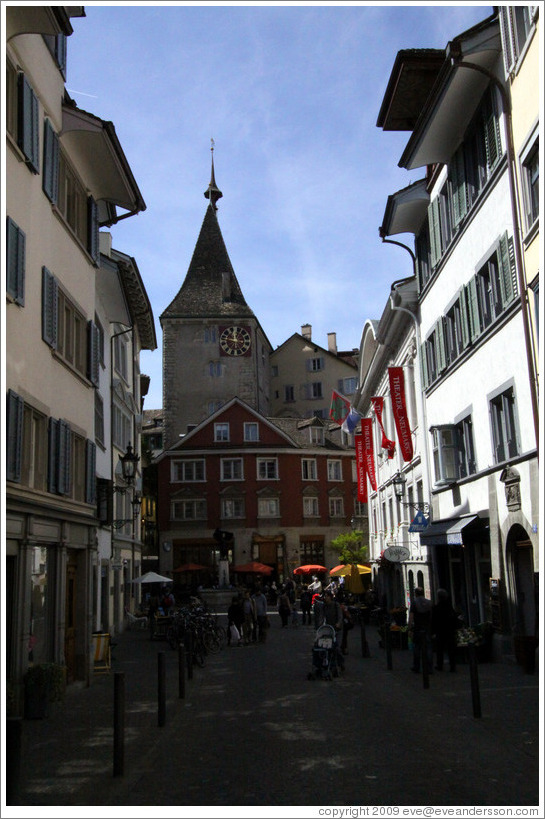Intersection of Rindermarkt, Spiegelgasse, and Neumarkt.  Altstadt (Old Town).