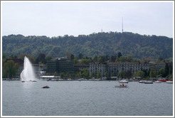 Mythenquai, with lake fountain.  Z?richsee (Lake Z?rich).
