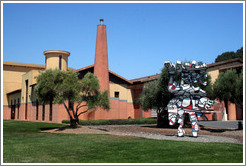 Exterior of Clos Pegase Winery, with artwork in front.