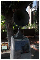 Statue commemorating Napa as the birthplace of the loudspeaker.