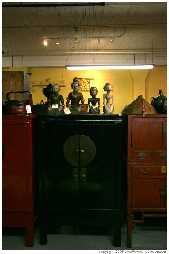 Cargo store (interior), with Buddhas. 13th Ave. and Flanders St., Pearl District.