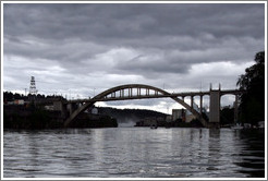 West Linn/Oregon City Bridge over Willamette River.