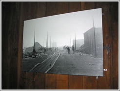 Seattle Underground Tour.  Picture of Seattle after the Great Fire of 1889.